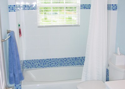 Glass Tile Bath
